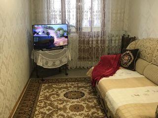 Apartament, 3 odăi, centrul orașului. Direct de la proprietar. or. Floresti