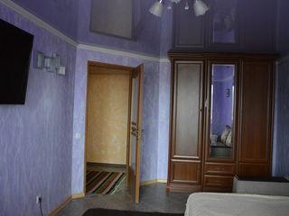 Apartament confortabil spațios în casă nouă + loc de garaj