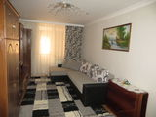Продаётся 3-х комнатная квартира в центре г.Рышканы...