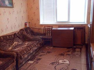 Vind apartament cu o camera orasul Rezina
