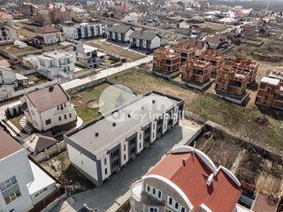 Townhouse 3 nivele, versiune sură, 180 mp, Ciocana, 77000 €