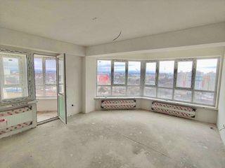 3 odai separate cu priveliste frumoasa spre oras // Geamuri panoramice/ Centru / Testemiteanu