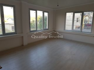 De vânzare apartament 3 camere, 90 mp.