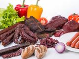 Мясные деликатесы, колбасы, копчённости и многое другое для производства мясных деликатесов.