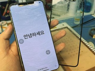 Замена стекла дисплея IPhone по заводской технологии в IService!!