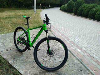 Vind bicicleta noua adusa din Germania