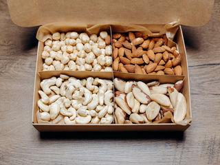 Oрехи и сухофрукты - Доставка (фисташка, кешью, Mиндаль, Бразильские орехи, курага, Финики, etc)