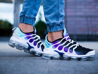 "Nike Air Vapormax Plus ""Grape"""