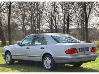 Vind Mercedes e 220 CDI întreg sau piese
