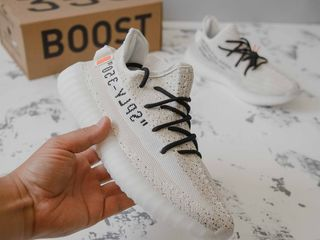 Adidas Yeezy Boost 350 x Off-White Unisex