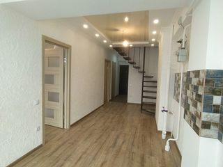 Se vinde apartament, pret 49900E, (68m2) or.Durlesti, ap 140
