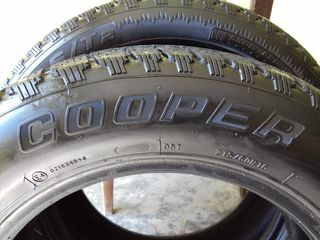 2 anvelope Cooper 215/60R16  599 lei ambele