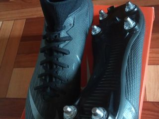 Бутсы Nike (шиповки)