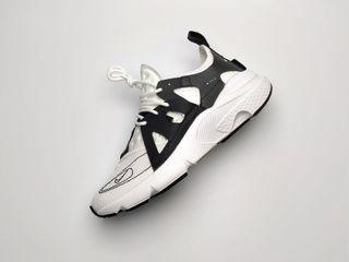 Nike Huarache N354