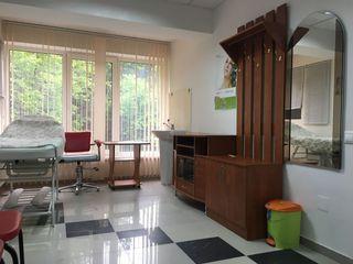 Cabinet de cosmetologie; masaj se da in arenda.