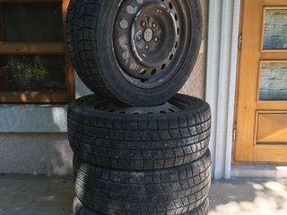 Kumho IcePower 4buc 205 55 R16