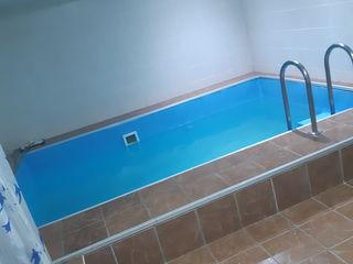 4 camere + saună, piscină,  biliard, tenis de la proprietor