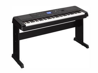 Yamaha DGX-660 - pian digital cu aranjor, 554 voci, 205 stiluri, polifonie 192 de note