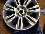 Jaguar.    diski novie radius 18