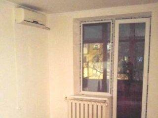Продается однокомнатная квартира возле ТЦ «Причерноморье».