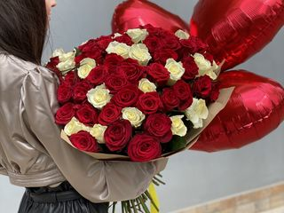 Trandafiri - prețuri angro! De la 10 lei/buc. Direct de la crescători.