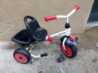 2 triciclete pt copii