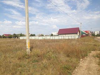 Продаются два рядом расположенных земельных участка. Все коммуникации подведены до участков .