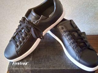 Спортивная обувь из Англии. Натуральная кожа.