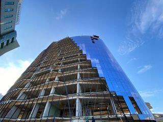 Продаем офисные помещения  350м2 в бизнес центре класса А на Штефан чел Маре! Первая линия!