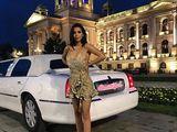 Акция!! закажи лимузин Lincoln Town Car,Mercedes и получи подарок!