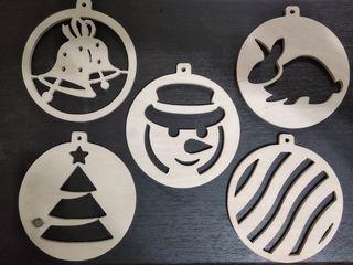 Jucării pe brad din lemn