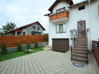 Town-House Superb cu Piscina Proprie,120m2 , 69900 Negociabil !!!