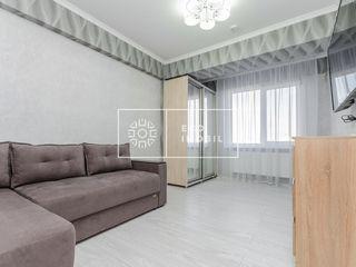 Chirie, sect.Centru, apartament cu 1 odaie +living, 270€