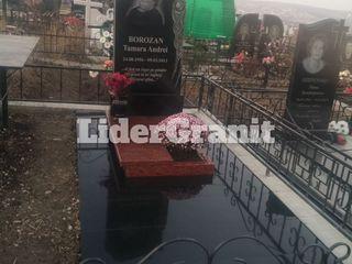SRL LiderGranit propune monument gata din granit de la 3999 lei.