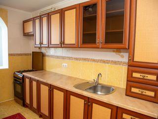 Сдам уютную 2-х комнатную квартиру семье на долгий срок!!!