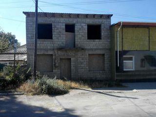Vând casă în Florești