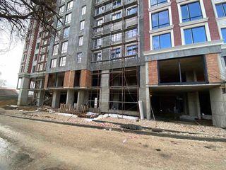 Spre vanzare spatiu pentru oficiu, situat în sectorul Centru 700 mp. str. Avram Iancu.