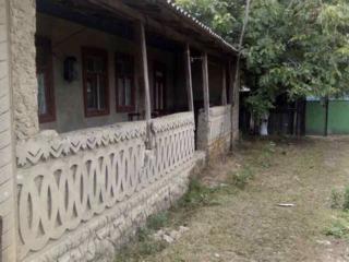 Urgent !Casa in centrul satului Mindresti