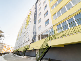 Complex nou, 2 camere + living, versiune albă, Buiucani 49900 €