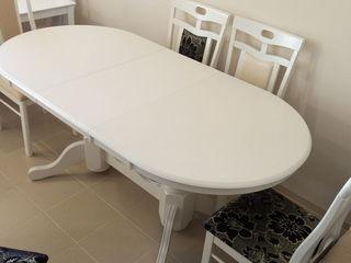Распродажа столов и стульев из натурального дуба со склада в Кишиневе.
