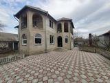Casa cu 2 nivele la Magdacesti