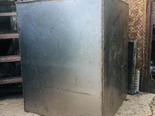 Cada de Inox, dulap din metal, pompa de apa, masina de spalat vesela, moara pentru pasat si bamper