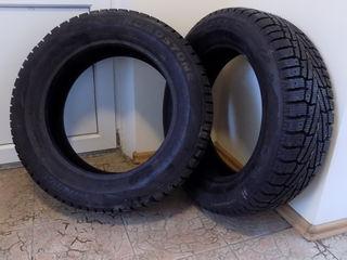 Продам две новых зимних шины производство Корея
