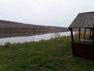 Дом-дача.17500 евро (озеро, берёзовая и хвойная рощи).