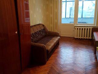 In chirie apart. 2 camere,str.Vlaicu Pircalab/ Cogalniceanu-170 euro.