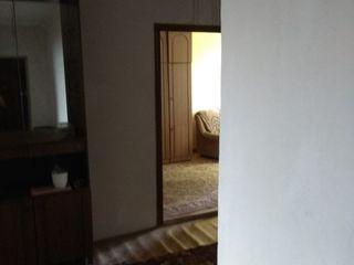 Продается в центре города большая 3- комнатная квартира 70 кв.м. окна стеклопакет этаж 5 из 5 санузе
