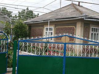 продам дом в селе Стурзовке