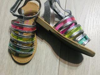 Новые сандали Carters 23 раз