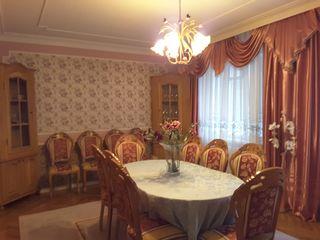 Дом  2эт. 270 м.кв. в ЦЕНТРЕ г.БЕЛЬЦЫ