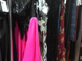 Для выпускников крутые новые платья от 100 до 250 лей рубашки 50 лей германия